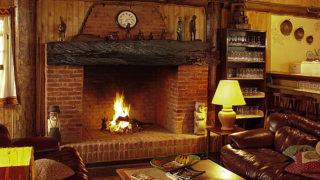 暖炉 薪ストーブ 違い