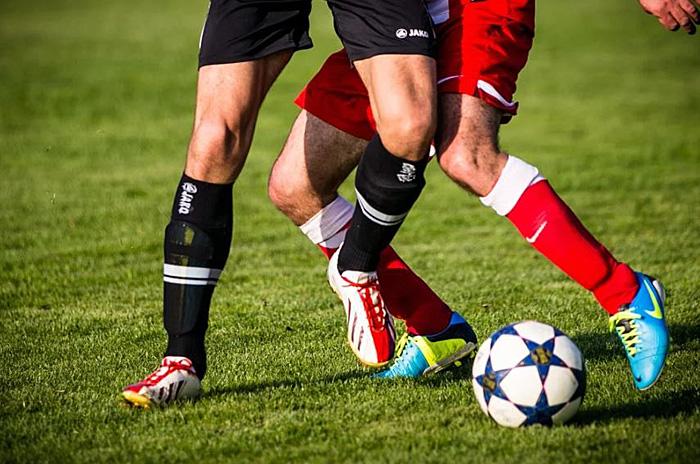サッカー フットボール フットサル 違い
